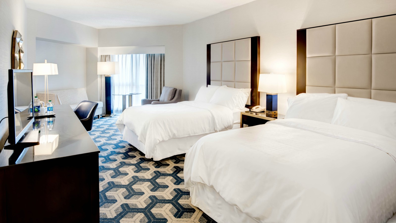 Club Guest Room - Sheraton Eatontown Hotel